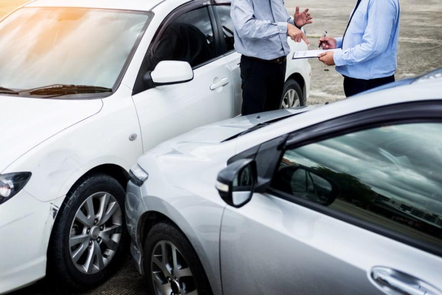 Top cauze ce produc accidente auto