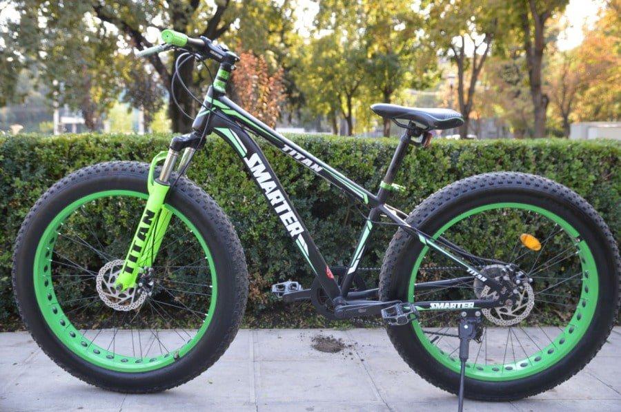 bicicletă cu roți groase